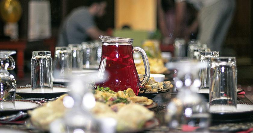 Halal Tisch