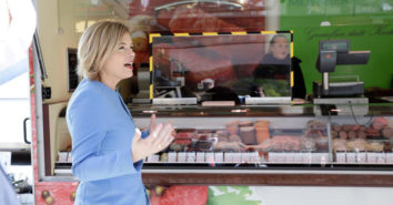 Julia Kloeckner Wochenmarkt foodwatch